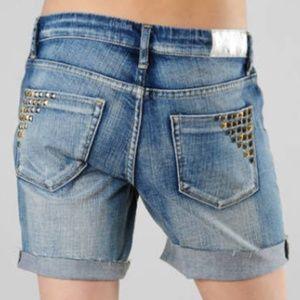 [BLANKNYC] Women's Beavis Stud Short